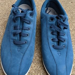 Easy Spirit Blue Leather Fashion Sneakers Size 11M